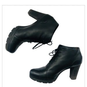 Paul Green Shoes - Paul Green Heeled Tie Leather Ankle Booties